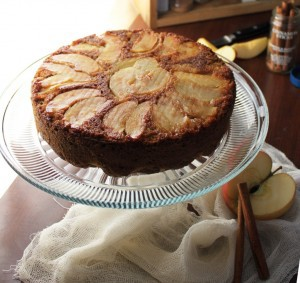 {Gluten-Free} Autumn Apple Cake
